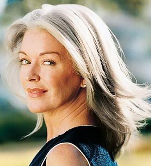Фото причесок на длинные волосы для женщин в возрасте